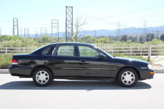 1996 Toyota Avalon XL w/Bucket Seats Santa Clarita, CA 12