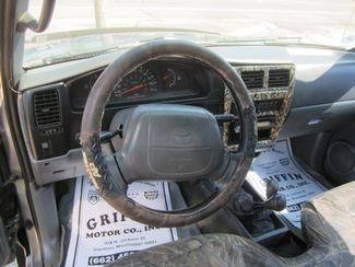1996 Toyota Tacoma 4x4 Houston, Mississippi 9