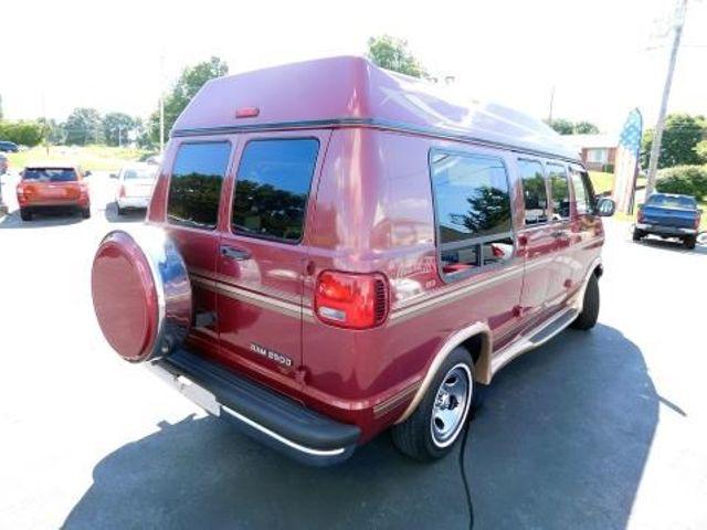 1997 Dodge Ram Van Ephrata, PA 3