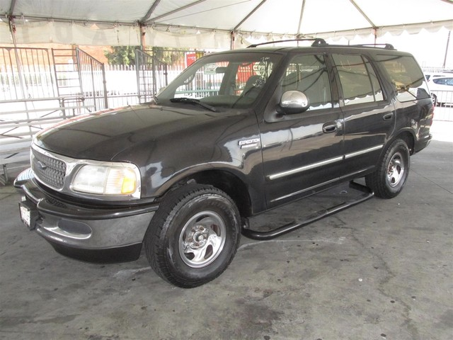 1997 Ford Expedition XLT Please call or e-mail to check availability All of our vehicles are av