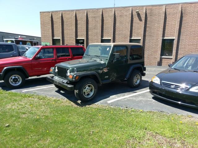 1997 Jeep Wrangler Sport Batavia, Illinois 0