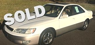 1997 Lexus-3 Owner!! 69k!! Low Low Miles!! ES 300-AUTO!! CARMARTSOUTH.COM  BUY HERE PAY HERE!! Knoxville, Tennessee 0