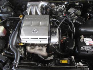 1997 Lexus ES 300 Luxury Sport Sdn Gardena, California 15