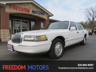 1997 Lincoln Town Car Signature | Abilene, Texas | Freedom Motors  in Abilene,Tx Texas