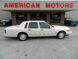 1997 Lincoln Town Car in Brownsville TN