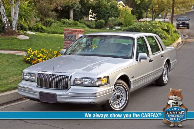 1997 Lincoln TOWN CAR EXECUTIVE ONLY 67K ORIGINAL MLS 1-OWNER LEATHER CRUISE CONTROL Woodland Hills, CA 0