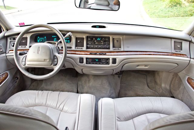 1997 Lincoln TOWN CAR EXECUTIVE ONLY 67K ORIGINAL MLS 1-OWNER LEATHER CRUISE CONTROL Woodland Hills, CA 17