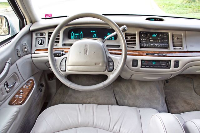 1997 Lincoln TOWN CAR EXECUTIVE ONLY 67K ORIGINAL MLS 1-OWNER LEATHER CRUISE CONTROL Woodland Hills, CA 20