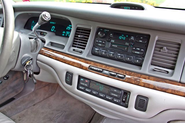 1997 Lincoln TOWN CAR EXECUTIVE ONLY 67K ORIGINAL MLS 1-OWNER LEATHER CRUISE CONTROL Woodland Hills, CA 21