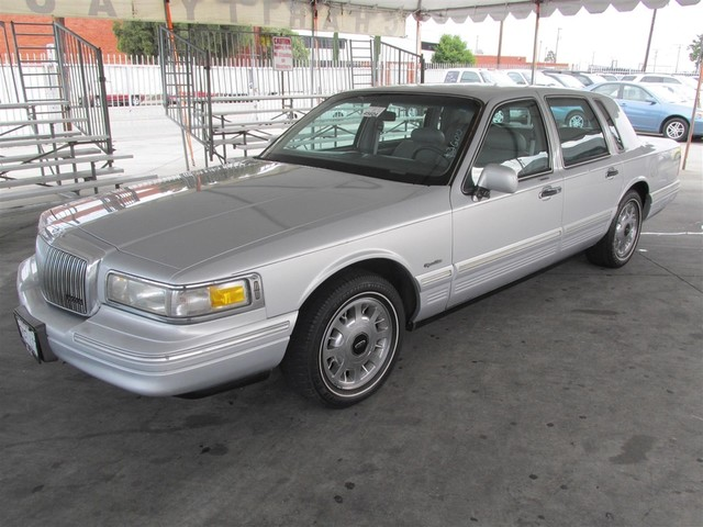 1997 Lincoln Town Car Signature Please call or e-mail to check availability All of our vehicles