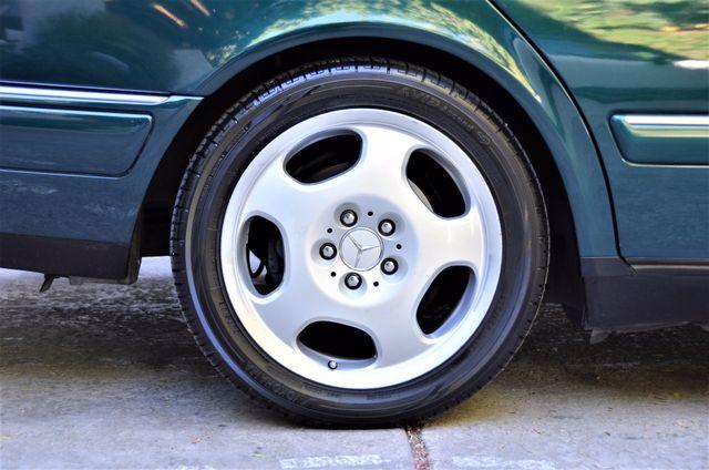 1997 Mercedes-Benz E320 Reseda, CA 24