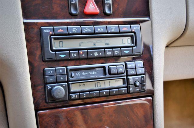 1997 Mercedes-Benz E320 Reseda, CA 13