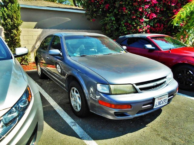 1997 Nissan Maxima GXE | Santa Ana, California | Santa Ana Auto Center in Santa Ana California
