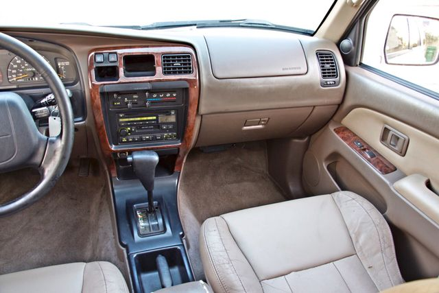 1997 Toyota 4RUNNER LIMITED SUNROOF AUTOMATIC LEATHER Woodland Hills, CA 19
