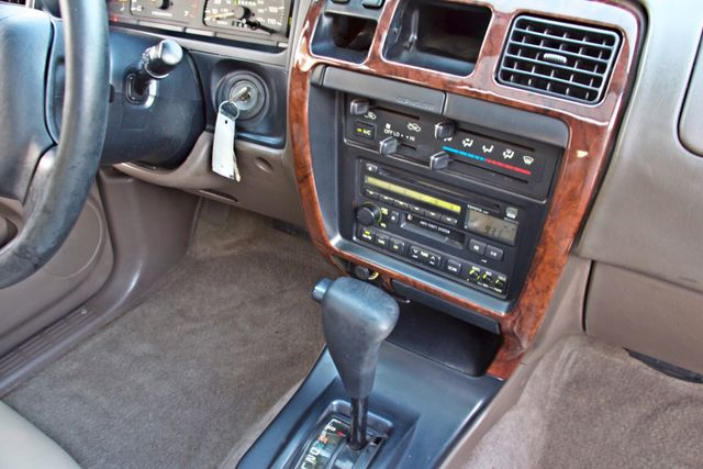 1997 Toyota 4RUNNER LIMITED SUNROOF AUTOMATIC LEATHER Woodland Hills, CA 16