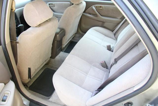 1997 Toyota Camry LE Santa Clarita, CA 15