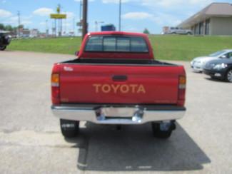 1997 Toyota Tacoma Dickson, Tennessee 3