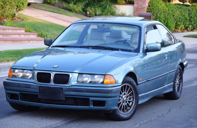 1998 BMW 323i 323isA - AUTO - ONLY 87K MILES Reseda, CA 0