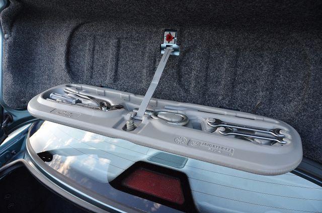 1998 BMW 323i 323isA - AUTO - ONLY 87K MILES Reseda, CA 19