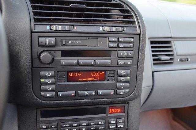 1998 BMW 323i 323isA - AUTO - ONLY 87K MILES Reseda, CA 11