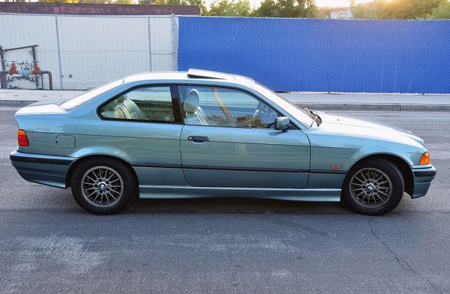 1998 BMW 323i 323isA - AUTO - ONLY 87K MILES Reseda, CA 17