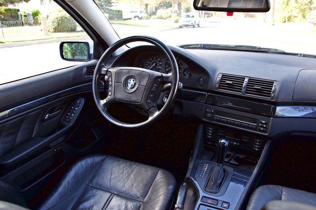 1998 BMW 528i SPORTS PKG AUTOMAIC ALLOY WHLS SUNROOF SERVICE RECORDS! Woodland Hills, CA 14