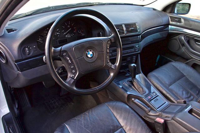 1998 BMW 528i SPORTS PKG AUTOMAIC ALLOY WHLS SUNROOF SERVICE RECORDS! Woodland Hills, CA 11
