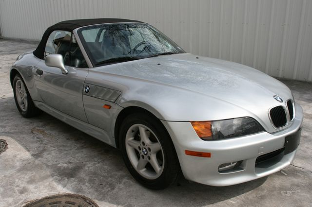 1998 BMW Z3 2.8L Houston, Texas 2