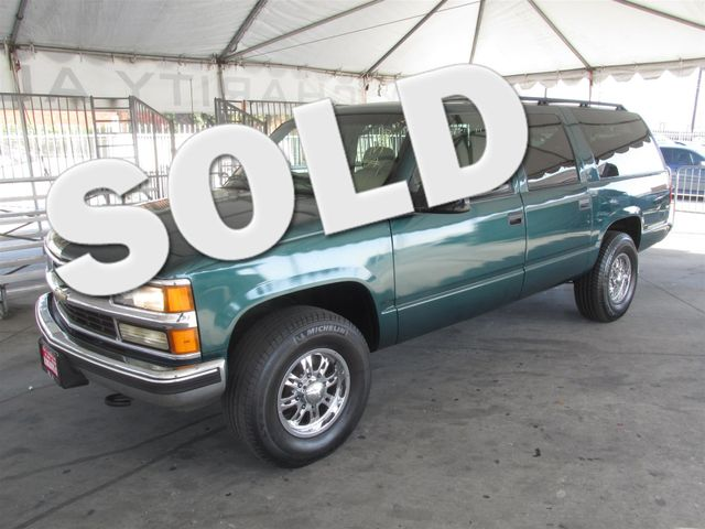 1998 Chevrolet Suburban This particular Vehicles true mileage is unknown TMU Please call or e-