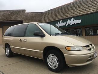 1998 Dodge Grand Caravan in Dickinson, ND