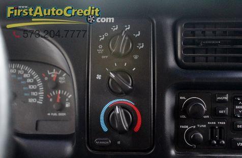 1998 Dodge Ram 3500    Jackson , MO   First Auto Credit in Jackson , MO