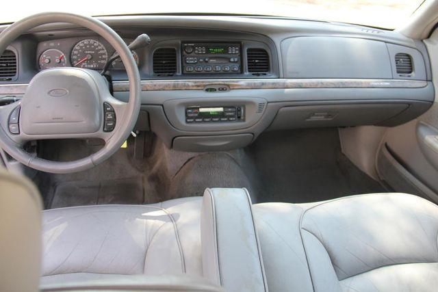 1998 Ford Crown Victoria LX Santa Clarita, CA 7