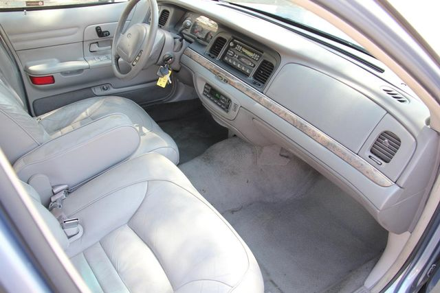 1998 Ford Crown Victoria LX Santa Clarita, CA 9