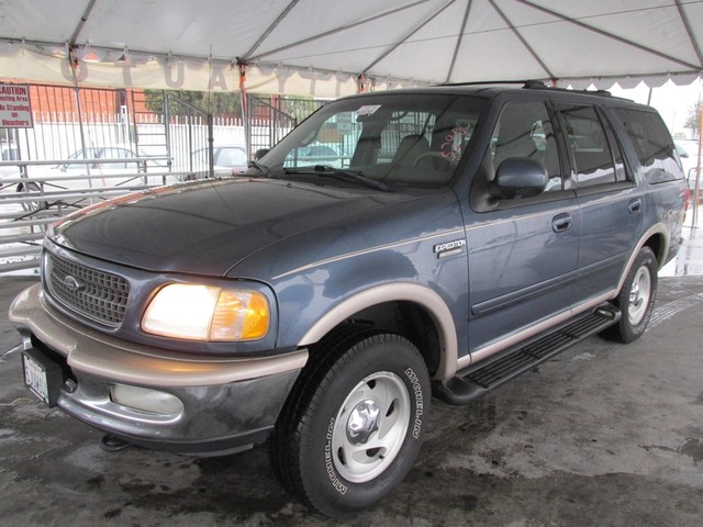 1998 Ford Expedition XLT Please call or e-mail to check availability All of our vehicles are ava