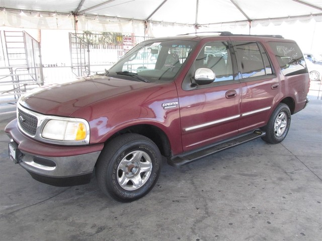 1998 Ford Expedition XLT This particular Vehicle comes with 3rd Row Seat Please call or e-mail to