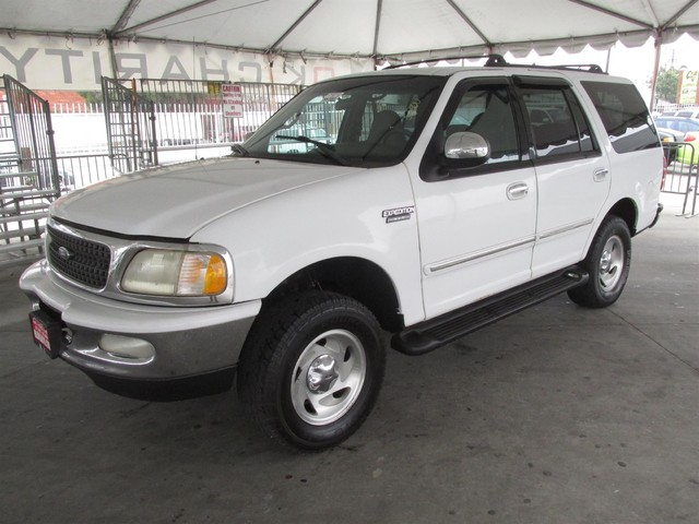 1998 Ford Expedition XLT Please call or e-mail to check availability All of our vehicles are av
