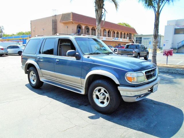 1998 Ford Explorer Eddie Bauer Limited warranty included to assure your worry-free purchase AutoC
