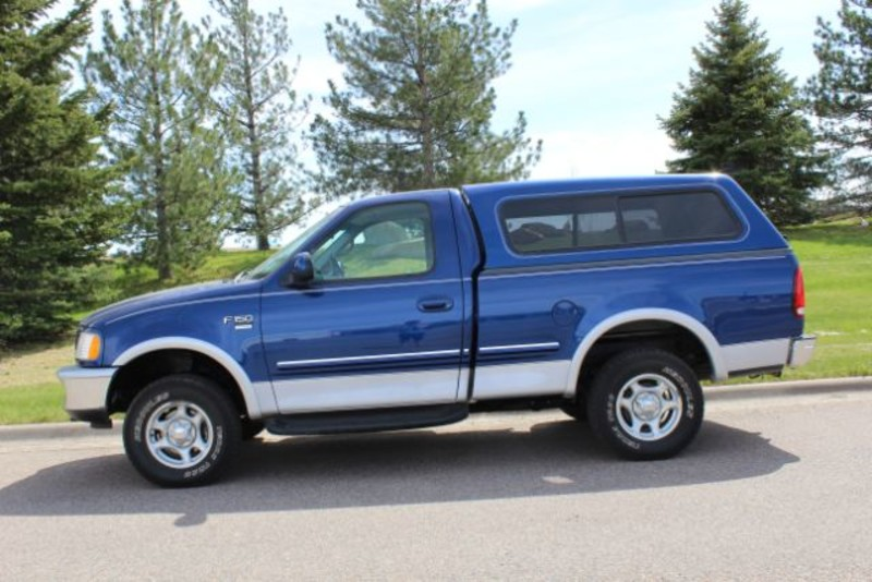 1998 Ford F-150 XLT  city MT  Bleskin Motor Company   in Great Falls, MT
