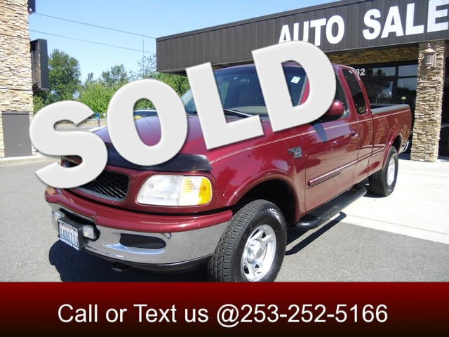 1998 Ford F-150 XLT 4WD The CARFAX Buy Back Guarantee that comes with this vehicle means that you c
