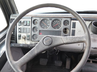 1998 Freightliner FL60 Ravenna, MI 20