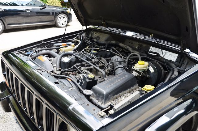1998 Jeep Cherokee Classic Reseda, CA 25