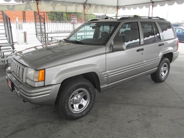 1998 Jeep Grand Cherokee Limited Please call or e-mail to check availability All of our vehicle