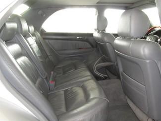 1998 Lexus LS400 Gardena, California 10