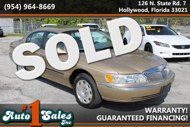 1998 Lincoln Continental  WARRANTY CARFAX CERTIFIED 3 OWNERS TRADES WELCOME  Enjoy the l