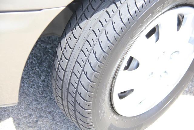 1998 Mazda Protege DX Santa Clarita, CA 23
