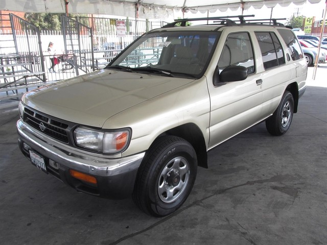 1998 Nissan Pathfinder SE Please call or e-mail to check availability All of our vehicles are a