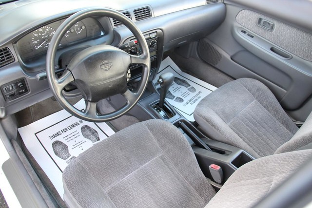 1998 Nissan Sentra GXE Santa Clarita, CA 8