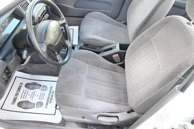 1998 Nissan Sentra GXE Santa Clarita, CA 13