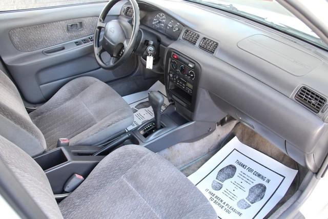 1998 Nissan Sentra GXE Santa Clarita, CA 9
