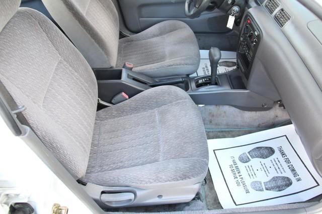 1998 Nissan Sentra GXE Santa Clarita, CA 14